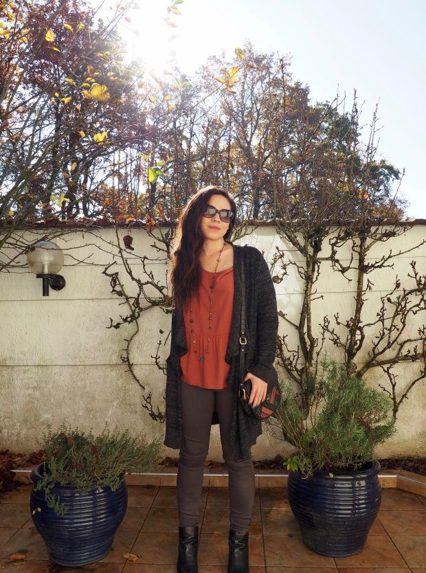 Gilet Zara Blouse Only Pantalon Pieces Boots Zalamani Sac Mango